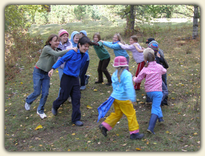 Fun Outdoor Games For Kids A Guide To Nature Based Games Your Kids Will Love